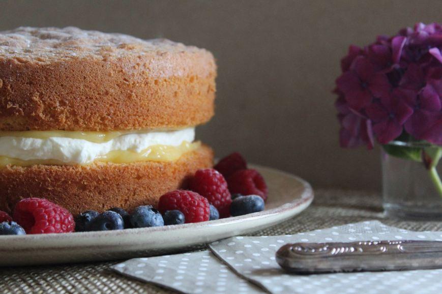 Lemon Sponge Cake with Lemon Curd and Fresh Cream Filling