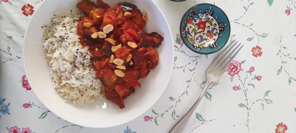 Tomato Aubergine Curry with Rice & Quinoa